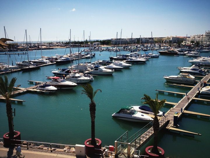 vilamoura women Destination information for the old village in vilamoura portugal the old village home  a baby sitting service is available by british women resident, organized.