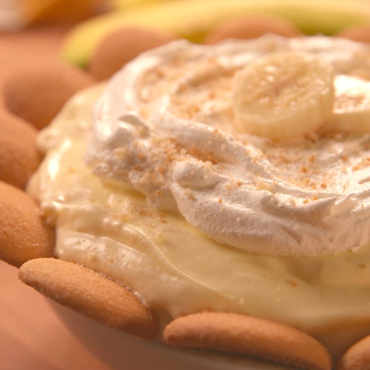 This is banana pudding at its finest—utensils need not apply.