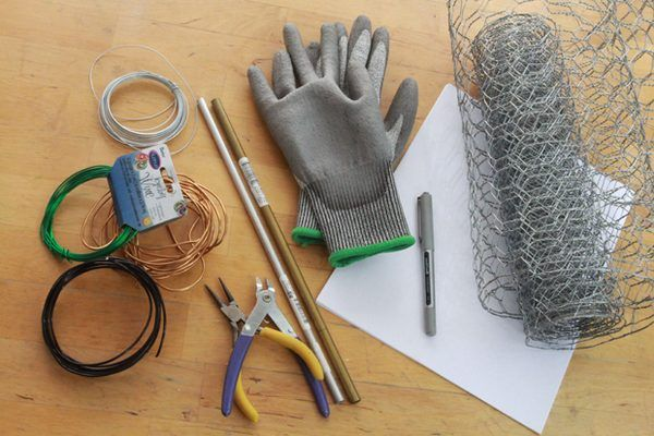How to Sculpt With Chicken Wire | Buffeted ideas | Chicken wire
