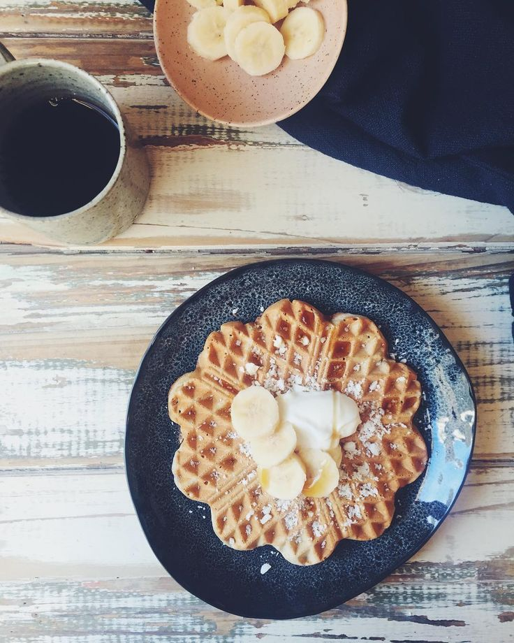 And... here are this morning's waffles with coconut butter goats milk yoghurt and frozen banana. You can find two #glutenfree and #lowfodmap waffle recipes on my blog both delicious. Get on it for #sundaymorning  #friendlylittlekitchen . #morningslikethese #mornings #morningrituals #onthetable #fodmap #fodmaps #fodmapfriendly #feedfeed #melbourne #saltandpepperhome #healthy #healthytreats #breakfast #brunch #coffee #filtercoffee #melbourne #weekend #foodblogger #foodporn #waffles #f52grams…