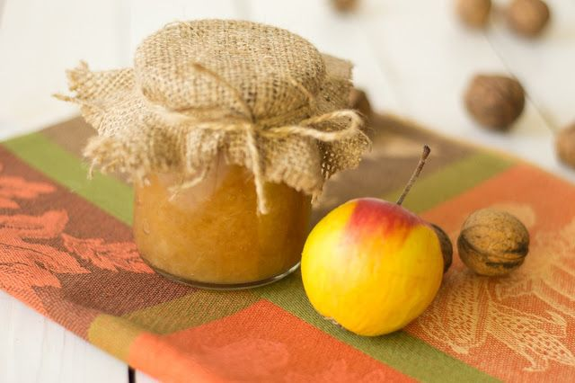 Sos de mere (applesauce)