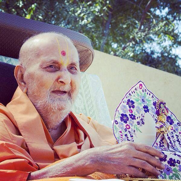 Sarang Smruti, feb 14, 2014 Lago cho pyaara pyaara Pramukh Swami .