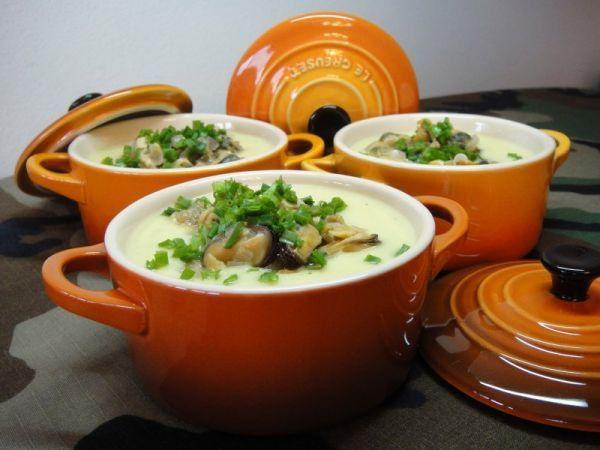 Суп с креветок, мидий кальмаров
