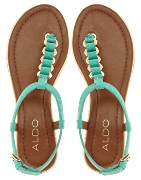 ALDO Mirallies Green Thong Sandals (ALDO'S... THEY ARE GOOD SANDALS...I BOUGHT A PAIR ON SALE AND I WORE THEM 'TILL THEY DIED ON ME...FUNNY BUT IT'S THE TRUTH)