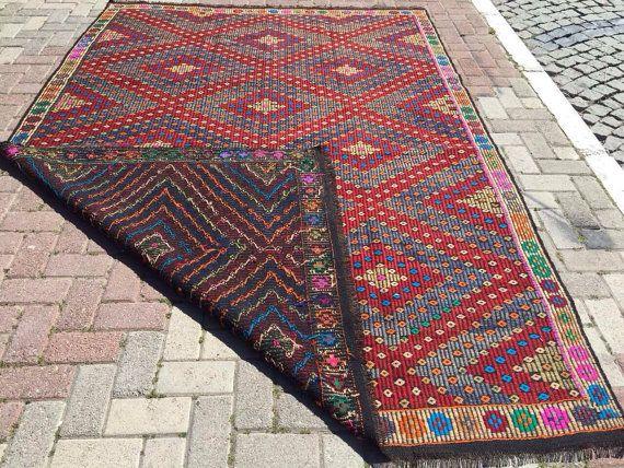 ANATOLIAN VINTAGE Turkish Kilim Rug Carpet by KilimRugStore