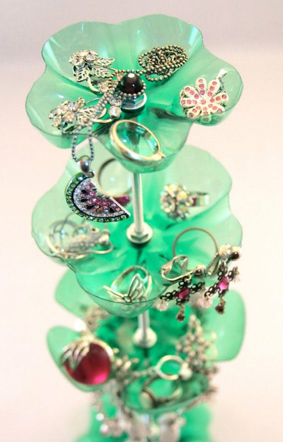 15 DIY Plastic Bottles Projects - jewellery stand