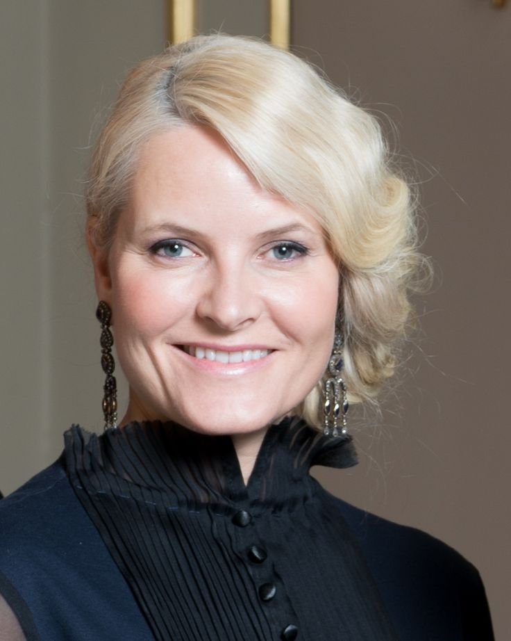 royal-hair:  Crown Princess Mette-Marit, 2017