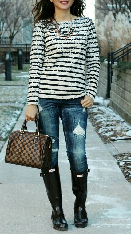 J. Crew Confetti Sequin Striped Shirt, Express distressed jeans, Hunter Original Gloss Boots, Speedy 25 Damier Ebene Blogger Outfit