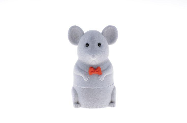 Zabawne welurowe pudełeczko w kształcie myszki - słodkie opakowanie na biżuterię | NA PREZENT \ Opakowania na biżuterię od GESELLE Jubiler