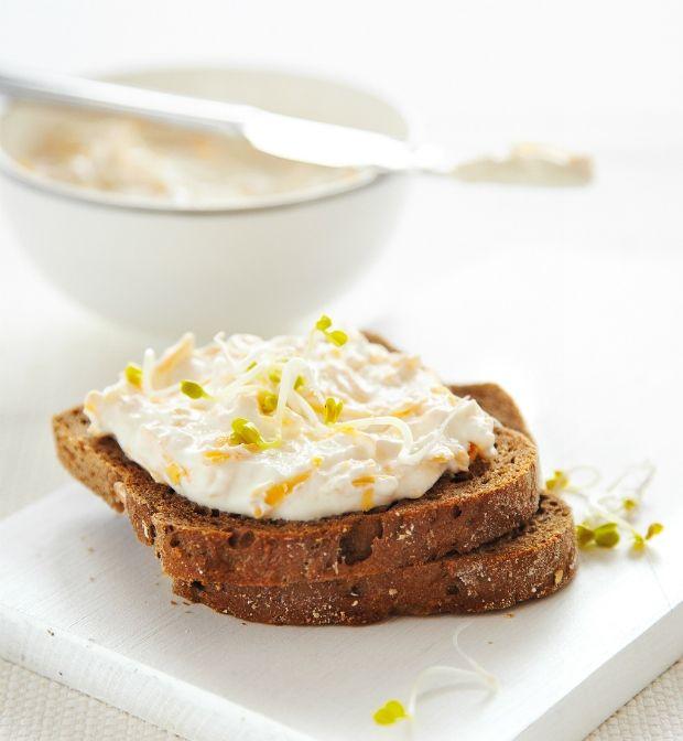 Pomazánka se sýrem a česnekem, Foto: archiv Gurmet