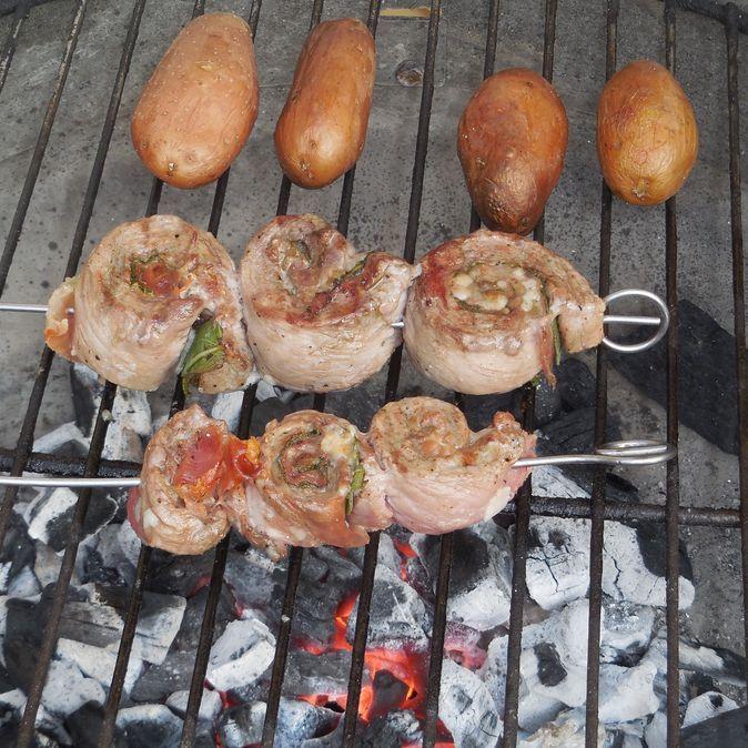 Grillspieße Saltimbocca (Rezept mit Bild) von curly64 | Chefkoch.de