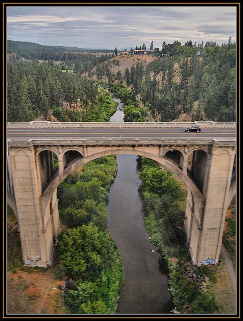 The Sunset Boulevard Bridge Spokane WA: from Empire Builder  by Loco Steve, via Flickr-scary eh?