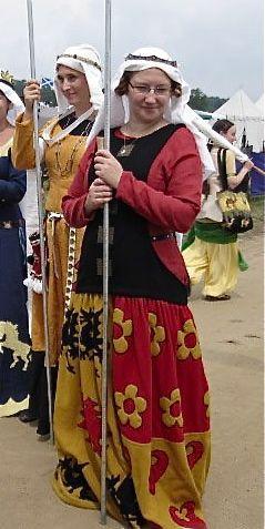 heraldic dress by Annika Madejska- that's beautiful work!