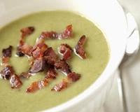 Velouté de laitue _ http://www.cuisineaz.com/dossiers/cuisine/soupes-originales-13764.aspx