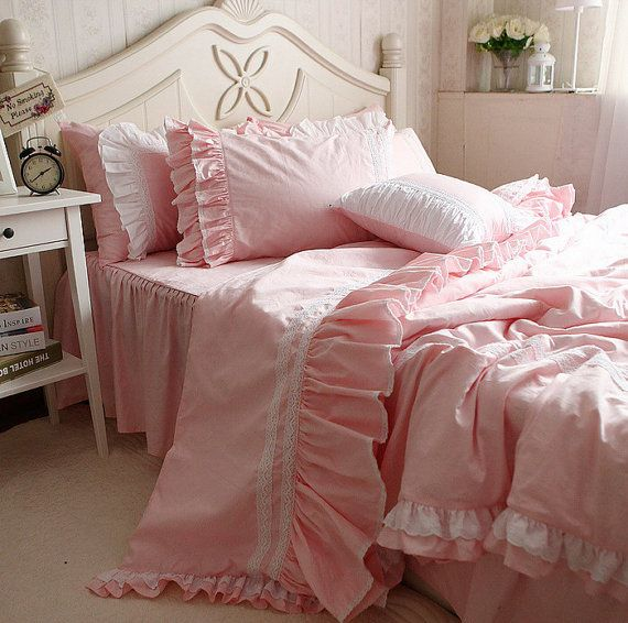 29 best images about Pink beds on Pinterest | Big girl bedrooms ...
