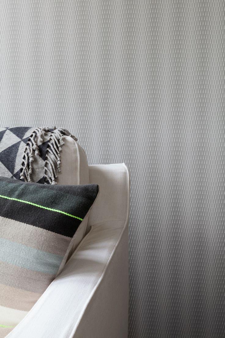 Grey wallpaper/behang Intenz - BN Wallcoverings www.wemekampschildersbedrijf.nl