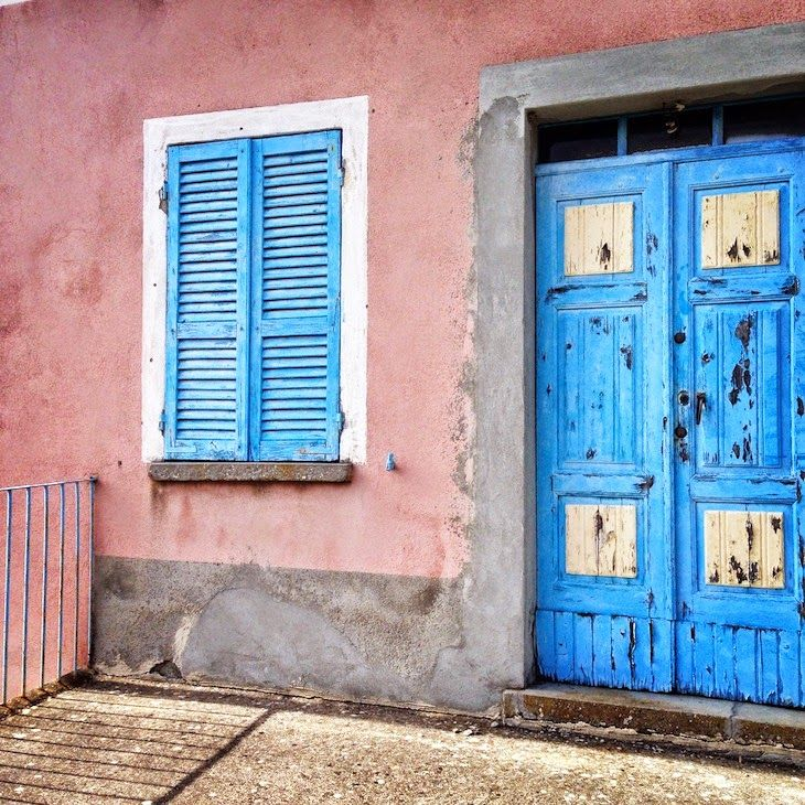#pink #home #vintage #lightblue #door #places #wall #postcards #blog #photography