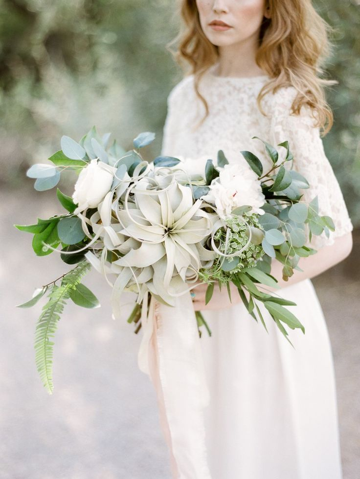 Heavenly Bridal Headpieces and a Desert Bridal Shoot from Mignonne Handmade