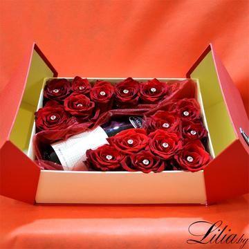 Кутия с 15 червени рози и австрийско вино