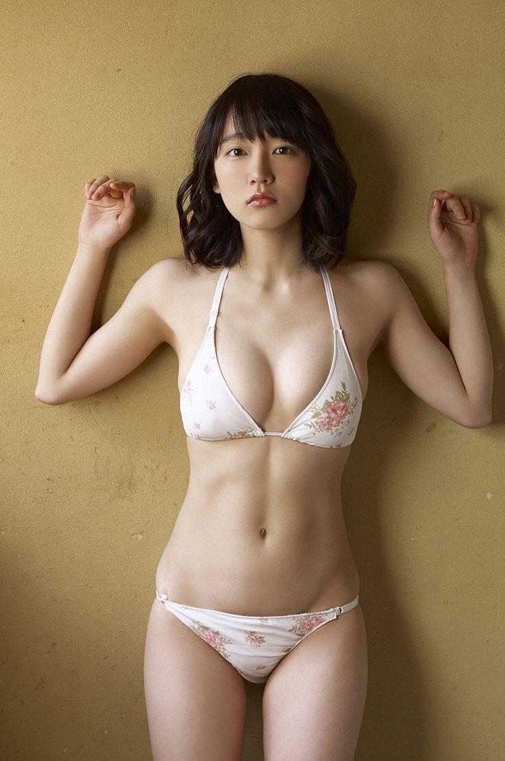 re-RIL • gravure-glamour: Riho Yoshioka