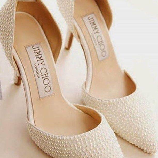 Boa noite com esses lindos sapatinhos de noiva!!!  Amei!!! ❤️✨ Via @icaseibr