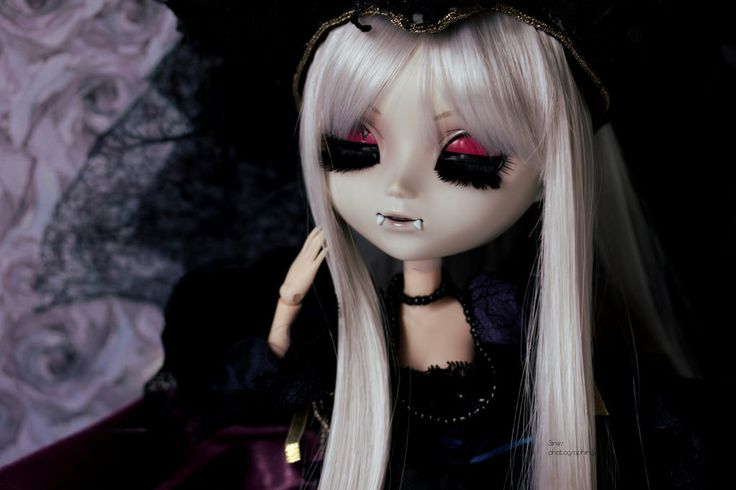 Feeling vampiric | by Siniirr