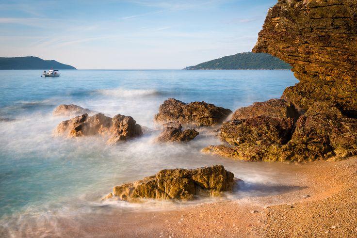 Photo Morning awakening along the beach III by Jordan Radešič on 500px