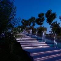 oświetlenie schodów: Modern Home Design, Landscape Lights, Stairs Lights, Lights Design, Houses Style, Outdoor Stairs, Gardens Design, Orange Houses, Modern Lights