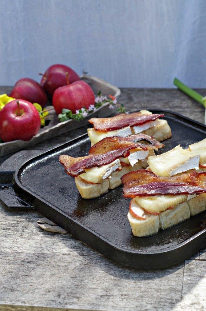 grilled bacon apple brie sandwich-gotta love cast iron! www.tasteofdivine.com