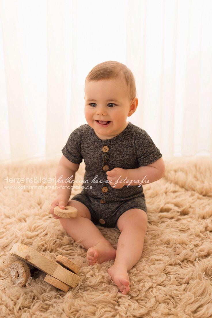Baby Anziehen Body Und Strampler