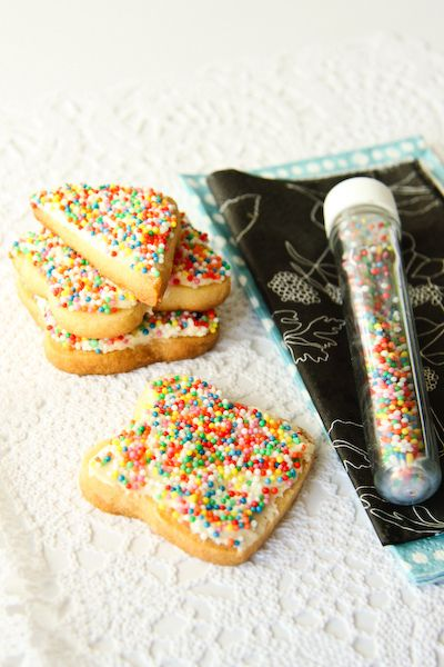 Fairy Bread Biscuits - sugar cookies with butter icing and sprinkles!
