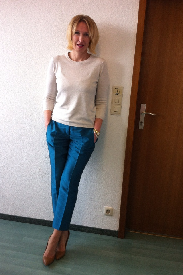 17 Best Images About Older Women Style On Pinterest Ankle Length Pants Watercolors And Girls
