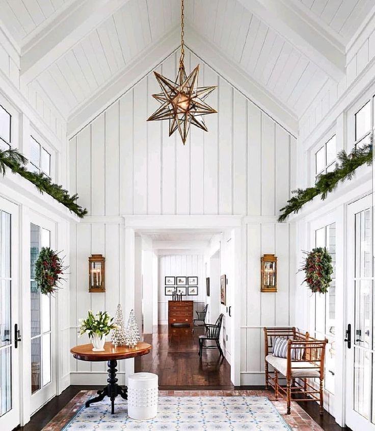 Merry Christmas and Happy Holidays everyone!  #merrychristmas #holidaydecorating #happyholidays2018 #hyggechristmas #farmhousedecor…