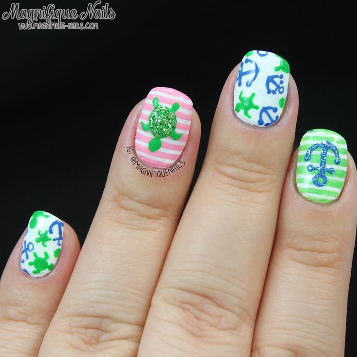 Green / Nautical / Sea Turtle Nail Art