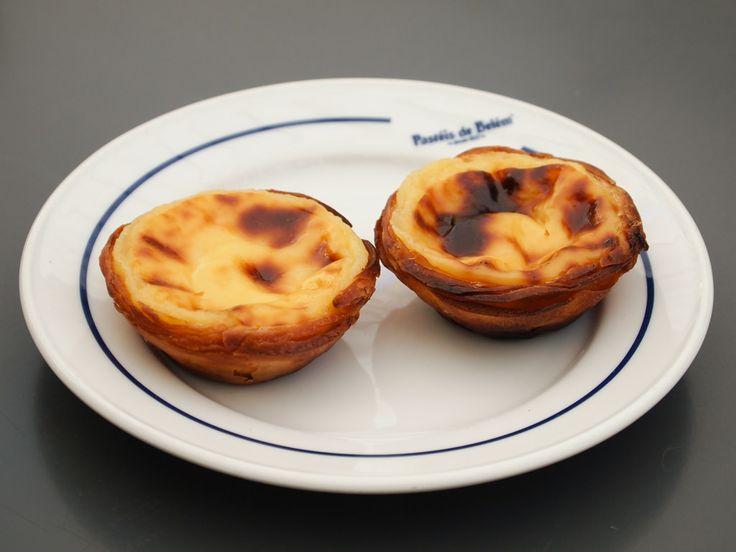 Pastéis de Belém vs Chinese egg tarts from Tai Cheong Bakery. Who wins?