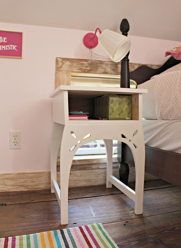3 diy projects for a little girls 39 bedroom makeover for Cute nightstand ideas