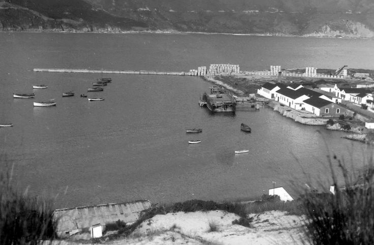 Hout Bay during the construction of the 600 foot harbour wall in 1937 | Flickr - Photo Sharing!