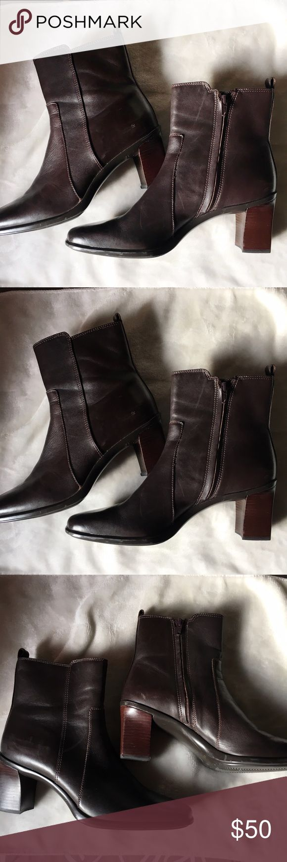 Antonio Melani Dark Brown Leather Ankle Boots Antonio Melani Parlor Dark Brown Leather Ankle Boots in excellent used condition. Almost like new. Check out the soles. Gorgeous boots! 😍😍😍 ANTONIO MELANI Shoes Ankle Boots & Booties