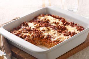 Spaghettis au four - Les spaghettis remplacent les pâtes à lasagne dans ce plat au four vite fait et facile à préparer. #recette