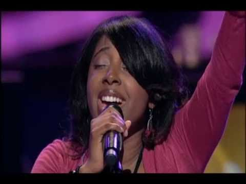 Lilly Goodman - Al Final @ Lakewood Church...  real...