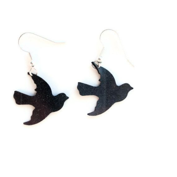 #recycled bird earring from bicycle inner tubes by pearlreef #putabirdonit #upcycle
