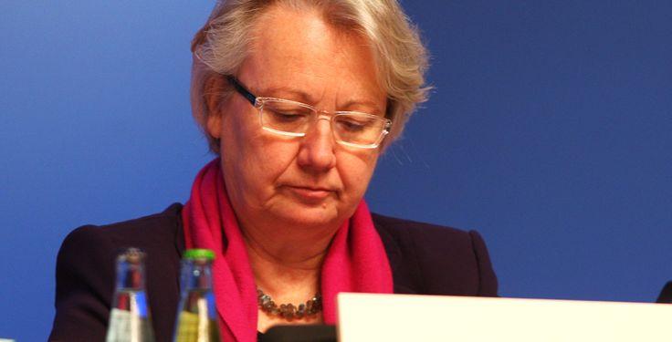 Plagiatsverfahren gegen Schavan - Heinrich-Heine-Universität - Der Bundesbildungsministerin  Annette Schavan (CDU) droht die Aberkennung ihres Doktorgrades.