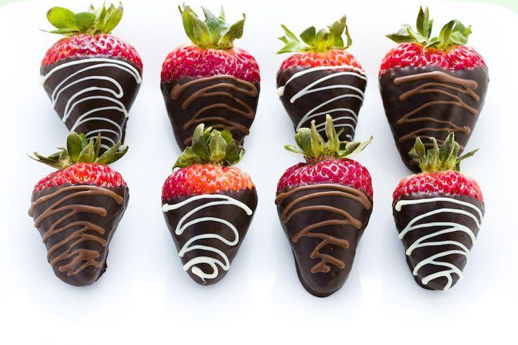 Jahody v čokoládě...