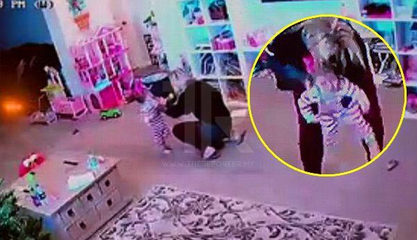 Video saat cemas ibu selamatkan anak dari tercekik kerepek sayur   Tindakan pantas seorang ibu berjaya menyelamatkan anak bongsunya dari tercekik kerepek sayur dirakam kamera litar tertutup (CCTV) rumahnya lapor Daily Mail.  Ketika kejadian itu berlaku Jennifer Hull 34 berada di bilik tersebut bersama dengan anaknya Hollis 1 dan Hatilynn 3 apabila dia mula terdengar anak bongsunya itu tercungap-cungap.  Video saat cemas ibu selamatkan anak dari tercekik kerepek sayur  Terdahulu adik beradik…