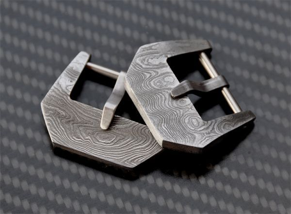 Austrian-made buckles of stainless Damascus steel