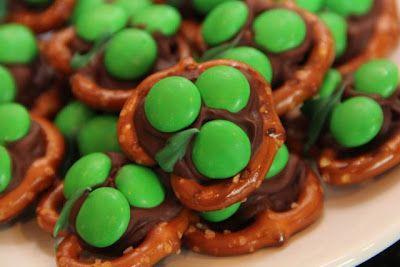 St. Patrick's Shamrock Pretzel Treats