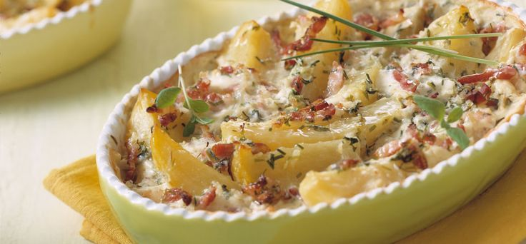 Batatas saborosas no forno.
