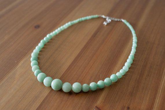 Verde menta chiaro collana di giada verde di BentArrowGoods