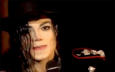 <3 Michael Jackson <3 - click on picture to see him smile :)
