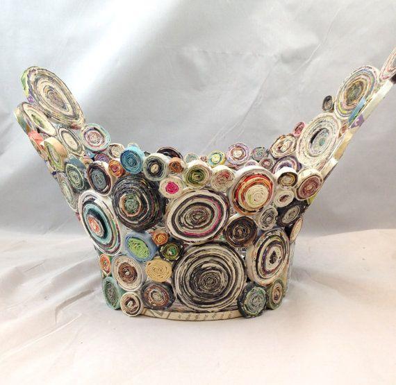 ALADO en espiral papel cesta de papel reciclado por Artesa en Etsy                                                                                                                                                                                 Más
